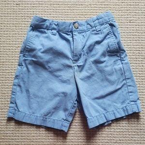 Vineyard Vines light blue chino shorts size 5
